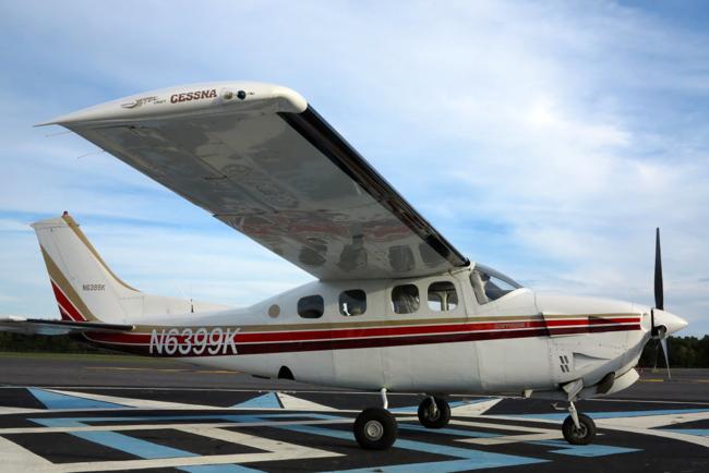 Cessna 210    North Carolina full