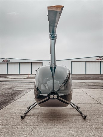 2011  Robinson R44 Series full