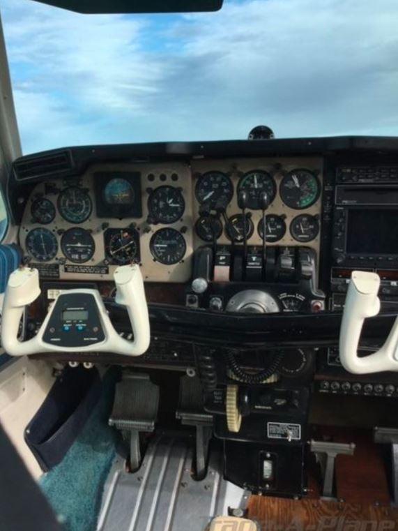 1964  Beechcraft Baron full