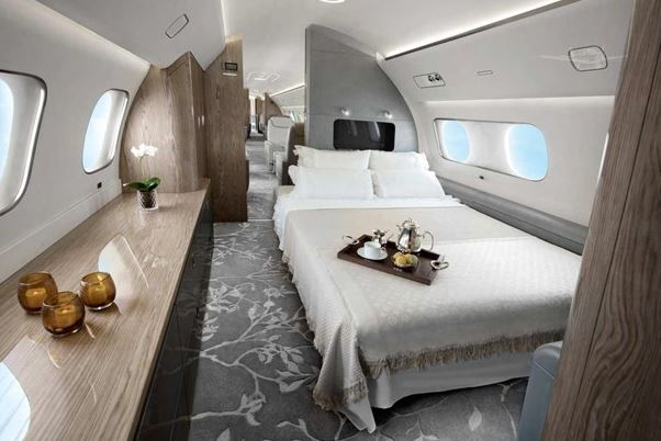 2018  Embraer Lineage full