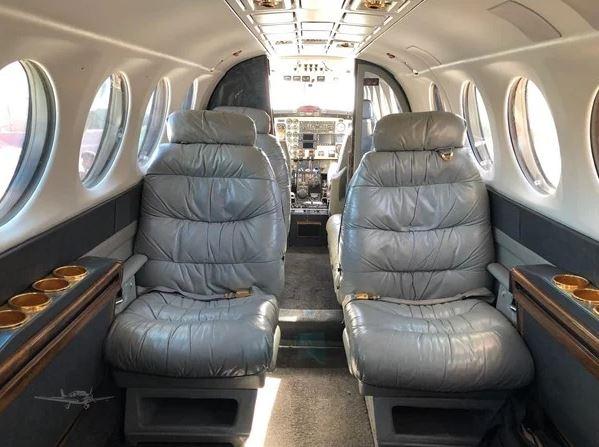 1988  Beechcraft King Air 300 full