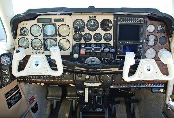 1978  Beechcraft Baron full