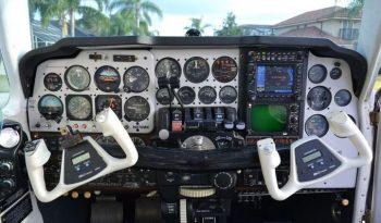 1976  Beechcraft Baron full