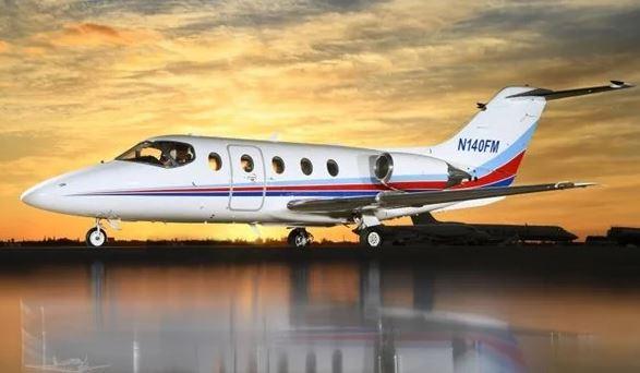 2005  Hawker 400XP full