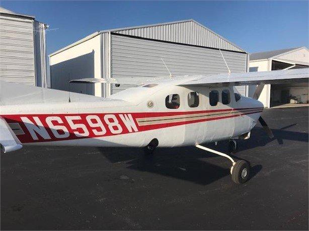 1982  Cessna 210 full