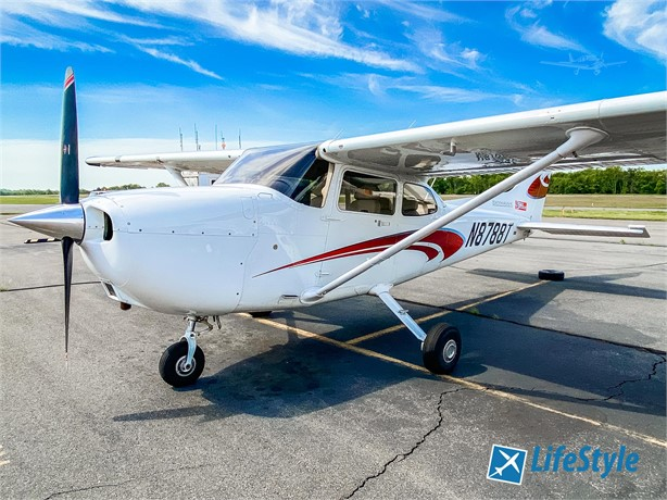 2020  Cessna 172 full