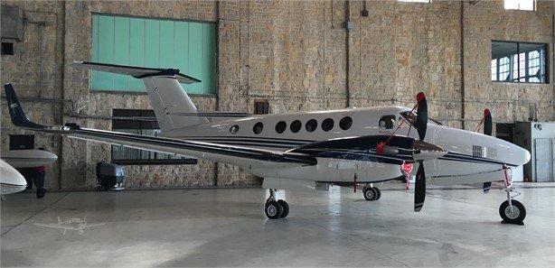 2012  Beechcraft King Air 250 full