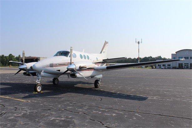 1990  Beechcraft King Air C90A full