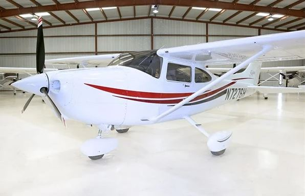 1999  Cessna 182 full