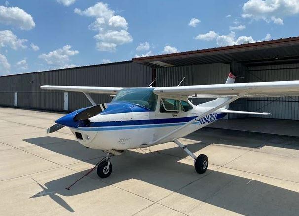 1985  Cessna 182 full