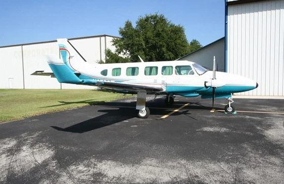 1980  Piper Cherokee Dakota full