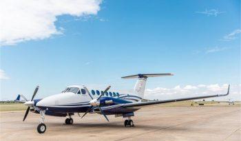 2017  Beechcraft King Air 350 full