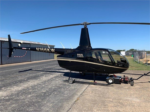 2013  Robinson Helicopter full